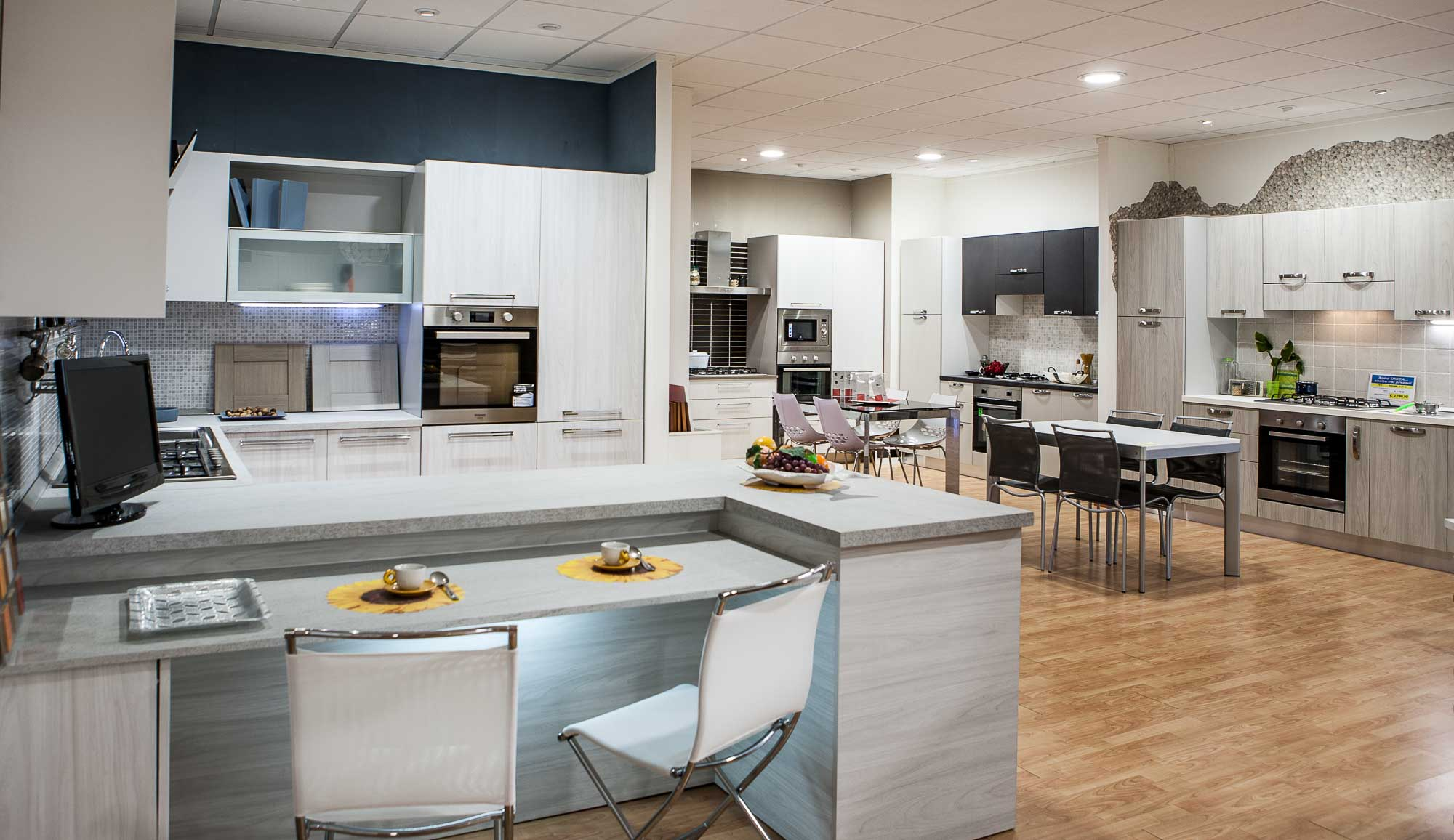 Stunning cucine e salotti insieme gallery home ideas - Cucine e salotti insieme ...